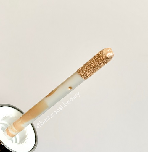 Charlotte Tilbury Hollywood Flawless Filter Applicator